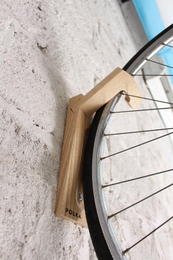 Tokyo mur support vélo en bois / crochet pour vélo / par twonee