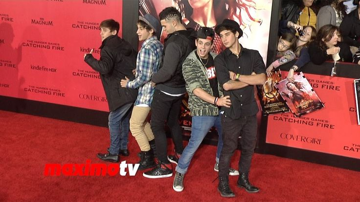 "Janoskians ""The Hunger Games: Catching Fire"" Los Angeles Premiere (+play..."