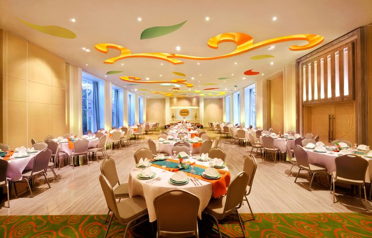 Our Unique Meeting Room, with touch of Orange Color