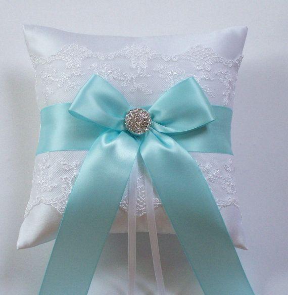 Nozze anello cuscino, Robin Egg nastro azzurro cuscino, con netto pizzo, strass fiocco in raso - centrato il cuscino di ROBYN