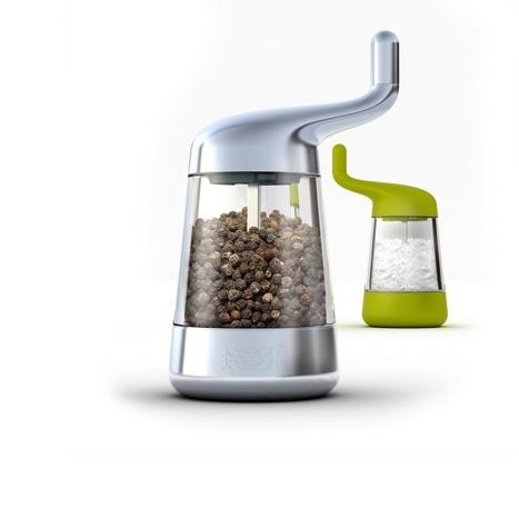 Wind & Grind: Easy-grind salt and pepper mill
