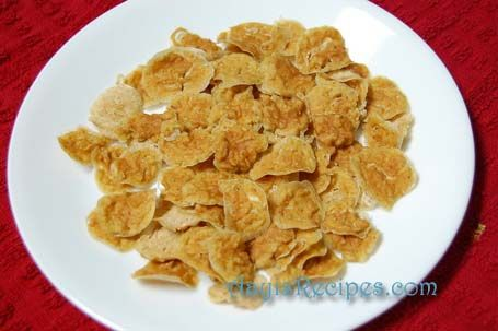 Ash gourd fritters (KuvaLe vadi/odi or Budugumbalkayi sandige) - Sun dried winter melon fritters.