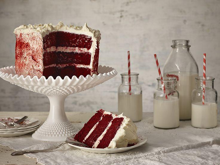 Una torta molto di moda negli Stati Uniti, dal tipico colore rosso: preparala in un'occasione speciale
