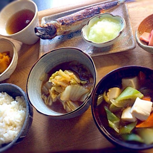 食べ過ぎかも、、、。 - 47件のもぐもぐ - 朝ご飯  イワシの丸干し3匹で220円高くなりました (๑°⌓°๑ by kora7