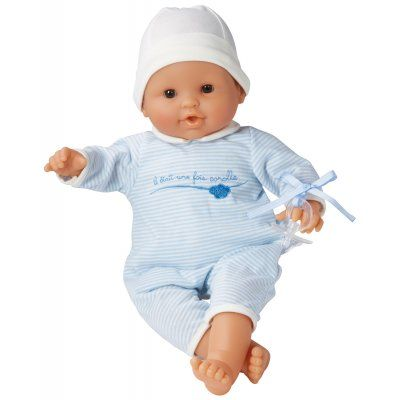 Een echte klassieker deze prachtige babypop van het merk Corolle. De pop heeft ogen die sluiten als de pop moet slapen. Deze pop kan rechtop zitten. Ook heeft ze haar eigen speentje. Als ze vies wordt geeft dat niet want ze wasbaar met de hand. Nu draagt ze een pyama, maar er zijn ook leuke kledingsetjes voor haar.  http://www.benjaminbengel.com/knuffelen/1101269-klassieke-babypop-36-cm-blauw-746775014292.html
