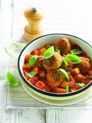gehaktballetjes met aardappelen http://mijnrecepten.skynetblogs.be/archive/2013/05/05/gehaktballetjes-met-gebakken-aardappelen.html