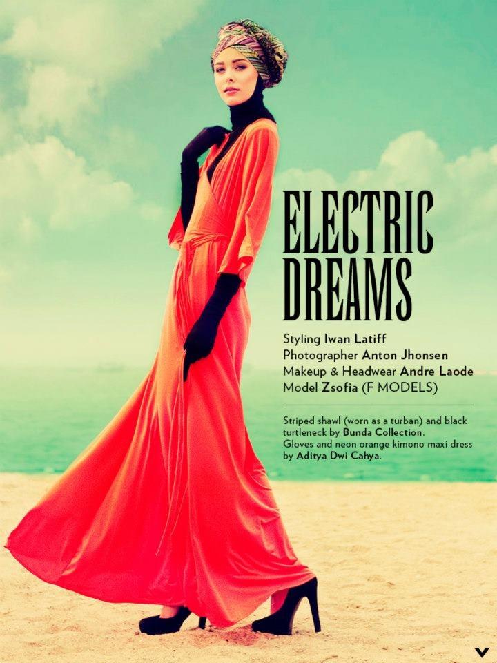 electric style hijab Aquila