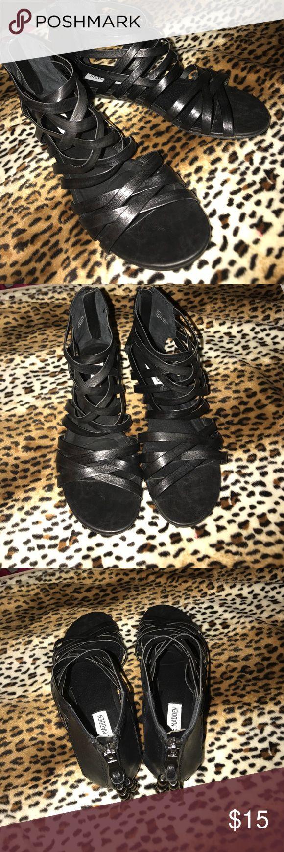 Steve Madden black gladiator sandals 8 Gently used Steve Madden Shoes Sandals