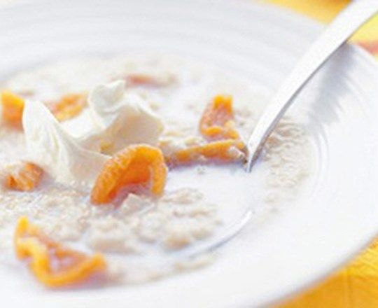 Plump Apricot Porridge | PHILADELPHIA #recipes #healthyrecipes