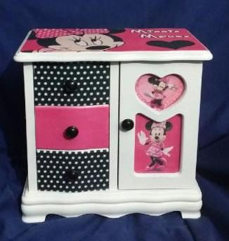 NEW NIB Minnie Mouse Girlu0027s Wood Custom By KeepsakeJewelryBoxes $45