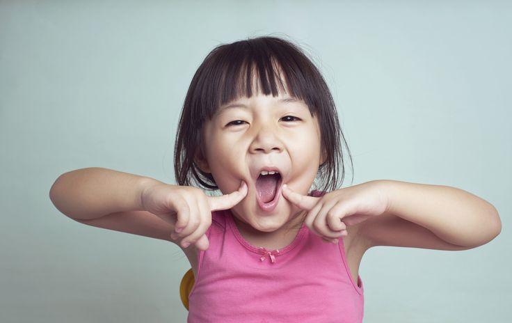 Barn helt ned til 16 måneder kan oppfatte signaler som skiller vås fra liksomlek.