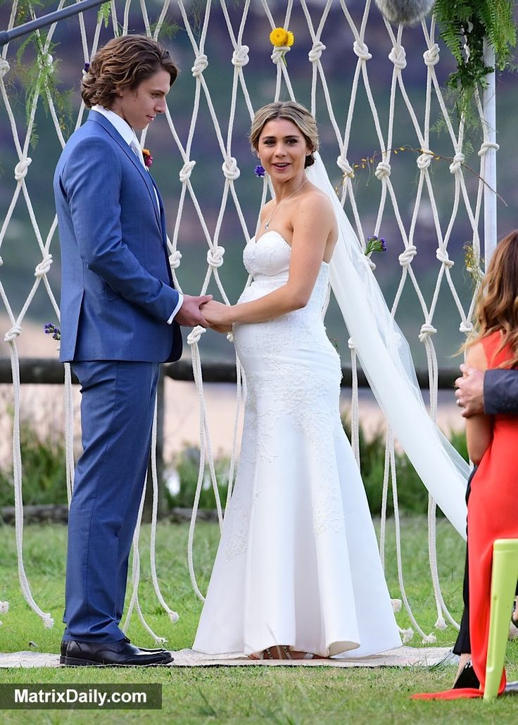 Celebrity #Spoiler Alert! A big day in Summer Bay as Home & Away couple have a white wedding,  #Australian #Billie #bump #dress #home&away #MattLittle #OnSet #Pregnant #soap #spoiler #SummerBay #TessaDeJosselin #VJ #wedding #white