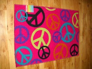 Lovely Peace Sign Rugs | ... Bedroom Decor Peace Sign Throw Rug Hot Pink Teen