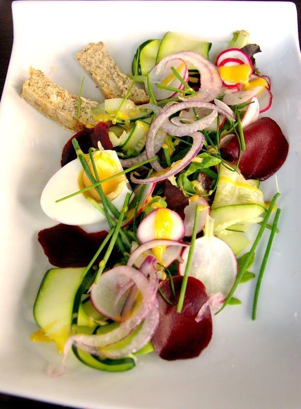 Terrine poisson du jour, petits légumes du jardin. Restaurant Bagatelle Le Havre. Restaurant / France/ Normandie/ Le Havre