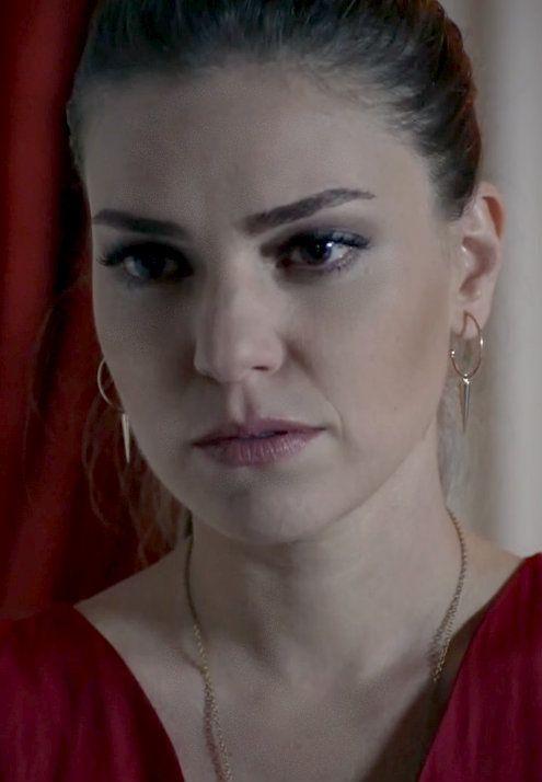 """Aslı Enver - """"Kayıp"""" TV Series 2013/2014. #Earings"""