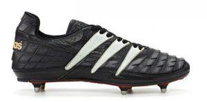 adidas Predator pertama kali diluncurkan pada 1994 merevolusi dunia sepak bola