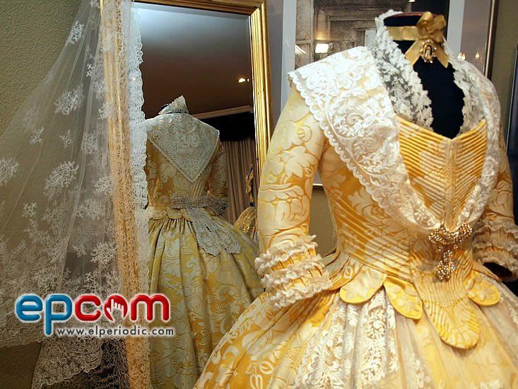 Gwawr edwards wedding dresses