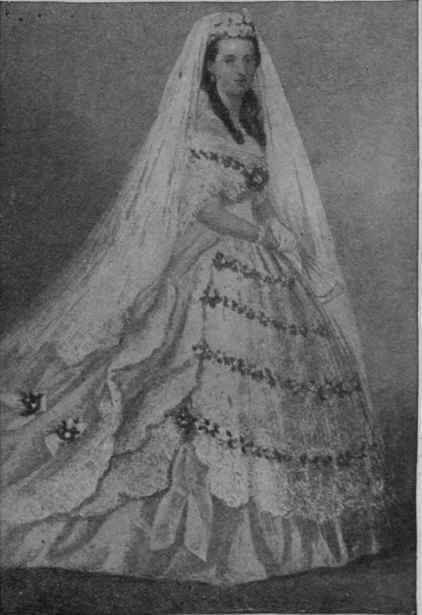 Wedding Dresses For Queens : Queen alexandra in her wedding dress and veil royal