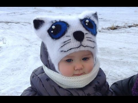 """В этом видеоуроке я показываю, как связать детскую и взрослую шапочку """"Кошка"""" крючком. Шапочка получается пушистой, её можно носить осенью и весной, а если с..."""