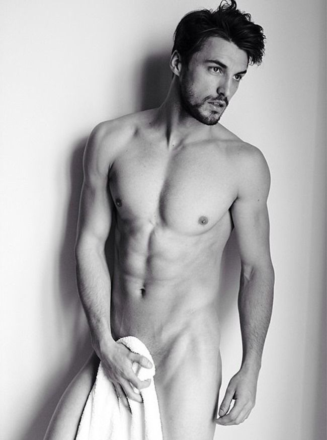 Mario Maurer Sexy Nude Photo