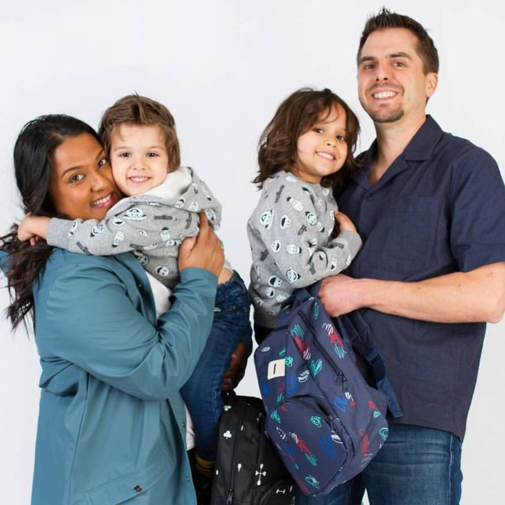 My interview with Yashy Murphy who's on a 148 day trip through North #Africa and Europe with her #family.  #mommyblogger #travelblogger #mom #freelance