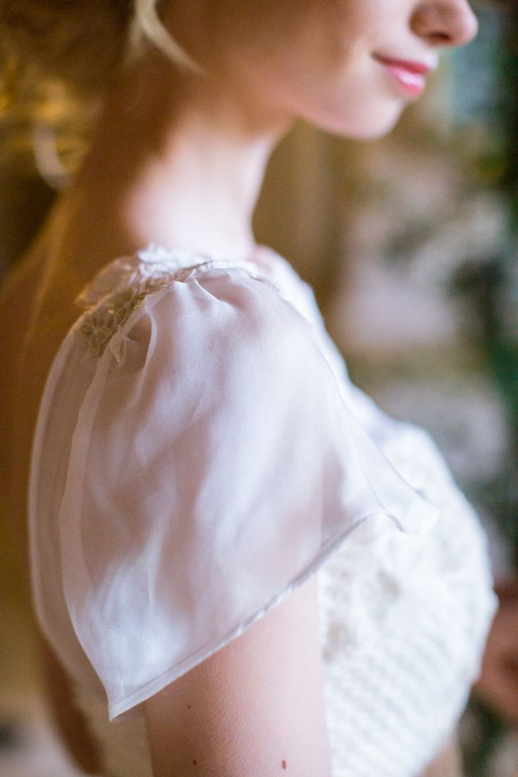 Beautiful delicate romantic bridal sleeves by Jessica Turner Designs. Philippa Sian Photography.  Credits in link