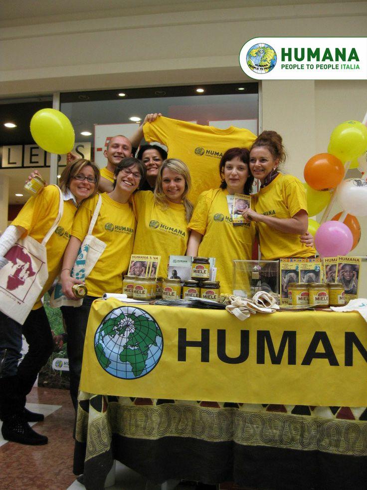 Ti piacerebbe fare #volontariato? Sei interessato al mondo della #cooperazione internazionale? HUMANA People to People Italia ONLUS, organizzazione umanitaria attiva in Italia e nel Sud del mondo dal 1998, cerca proprio te! Puoi sostenere HUMANA in tanti modi, sempre in base alle tue disponibilità. Scopri come: volontariato@humanaitalia.org