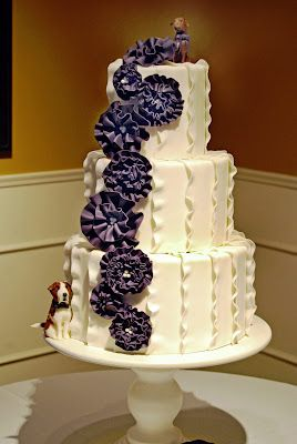 gateaux inc wedding cakes 1000 images about cakes purple and white on 14649