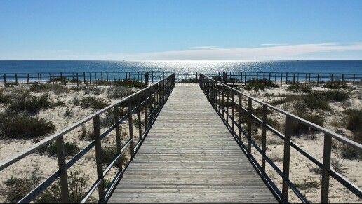 Passerelle d'accès à la plage d'Altura