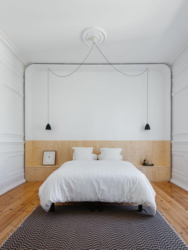 In Lissabon verliehen Aurora Arquitectos einer 200 Quadratmeter großen Altbauwohnung einen zeitgenössischen Schliff. (Foto: do mal o menos)