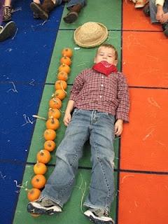 Measuring with pumpkins. Mrs. Morrow's Kindergarten: Fall