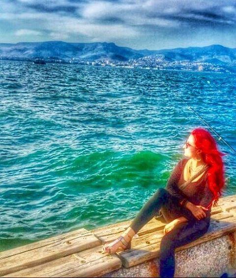 Çılgın zamanlarda yaşamak bize düştü... Günaydın... #günaydın #goodmorning #me #mylife #deniz #güneş #tatil #holiday #travel #sea #sun #wine #şarap #kahve #coffee #instagramturkey #likeforlike #blue #red #redhair #izmir #art #sanat #müzik #mutluluk #happy #photography http://turkrazzi.com/ipost/1522306302361252415/?code=BUgUYQ3lLI_