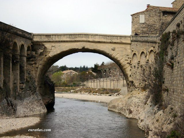 14 best roman bridges images on pinterest bridges the for Architecture romaine