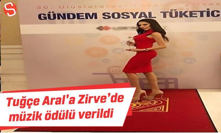 Tuğçe Aral'a Zirvede 'Müzik Ödülü' #tuğçearal #müziködülü #pop #tüketicizirvesi