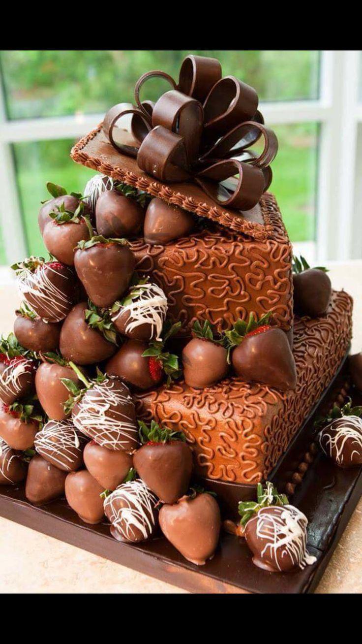 Chocolate cake & strawberries
