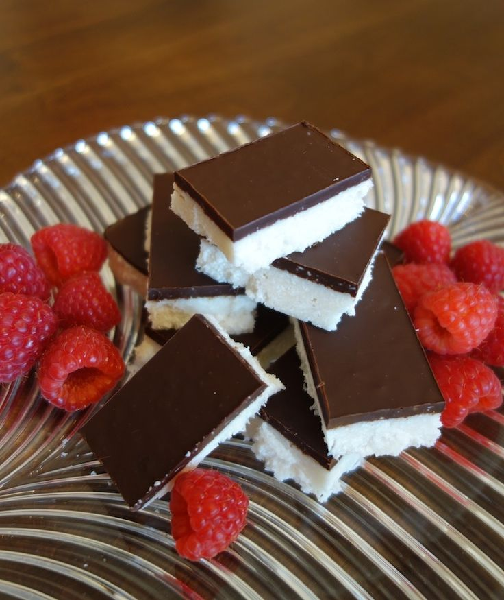 Chocolate Coconut Bars (gluten, grain, dairy free, paleo) // deliciousobsessions.com