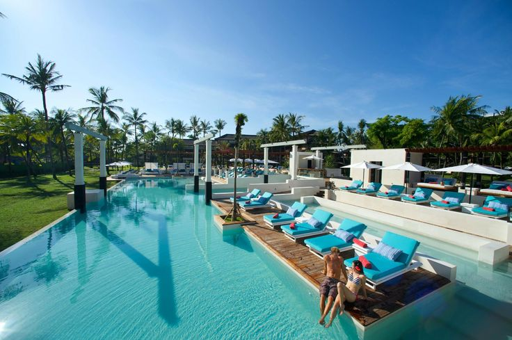 Bali has some fabulous resorts, which sometimes come with high price tags. Luckily, there are plenty of Bali resorts you can visit with a day pass!