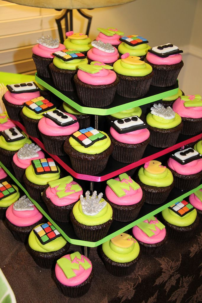 80's decorations for a party | 80'S PARTY DECORATING IDEAS. DECORATING IDEAS - makeflatpaw - Blog.hr