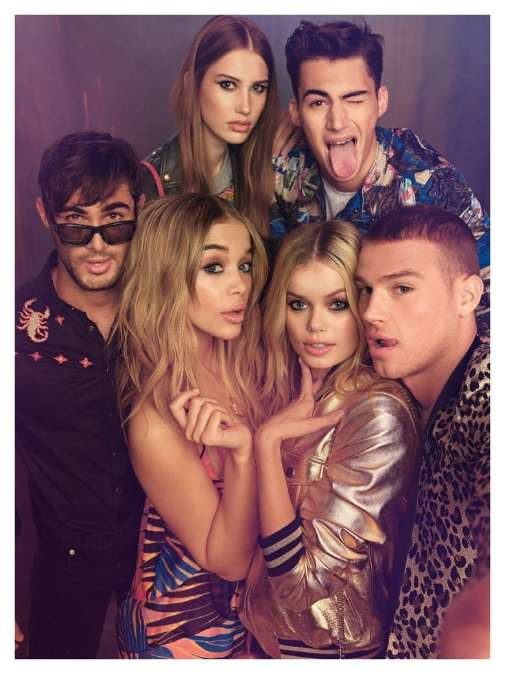 Models take a selfie in Just Cavalli's spring-summer 2017 advertising campaign