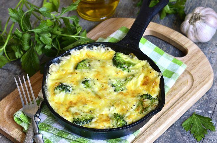 Omeleta s brokolicí - Propojení omelety Prodietix a brokolice je další možností na vydatnou snídani či večeři. Mimo jiné je brokolice bohatá na vitamín C a další vitamíny a minerály.