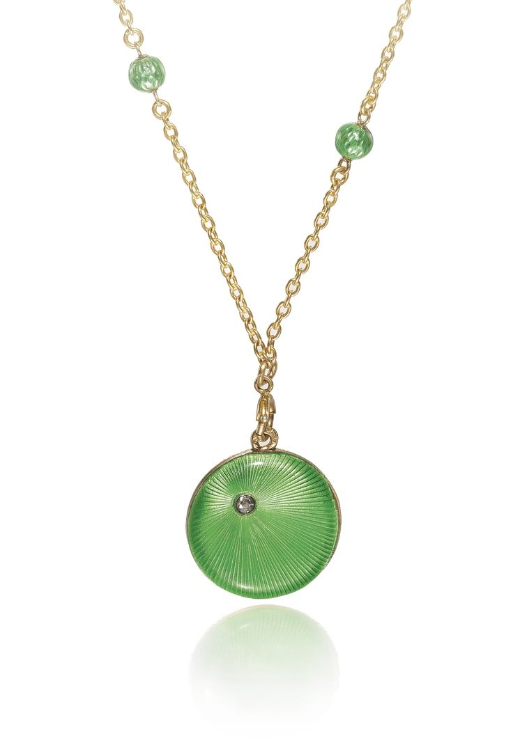 A Fabergé jewelled gold and enamel locket and chain, workmaster August Hollming, St Petersburg, 1899-1904