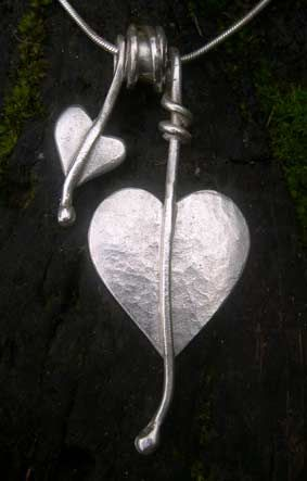 Heart leaf necklace http://www.silverandstone.co.uk/html/silver_heart_leaf_necklace_07.html