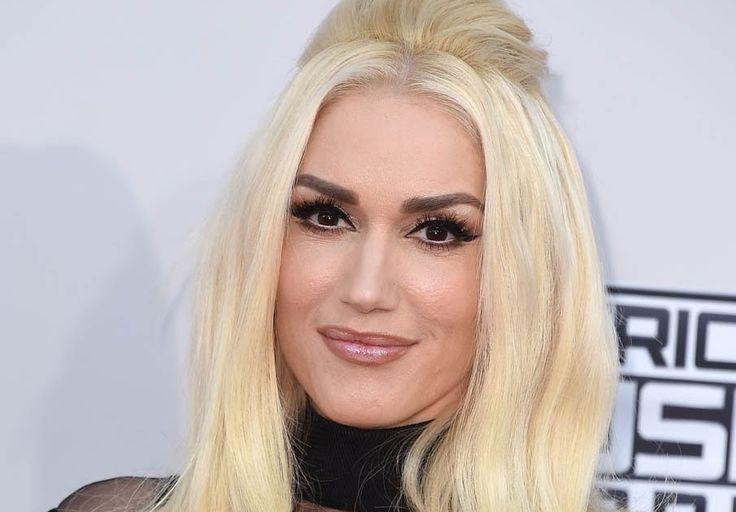 Gwen Stefani Stands Up For Blake Shelton