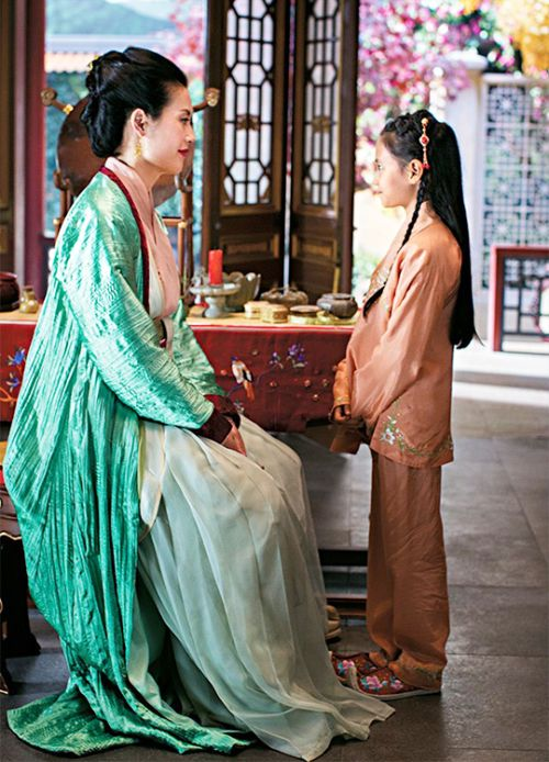 Olivia Cheng & Chloe Luthi in 'Marco Polo' (2014).