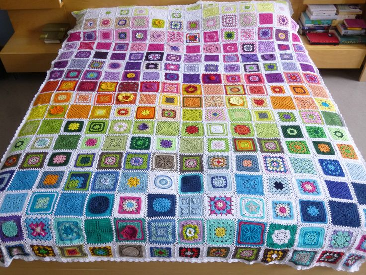 Granny Square Häkeldecke Handarbeit Benefiz Decke EJSA Hof | eBay