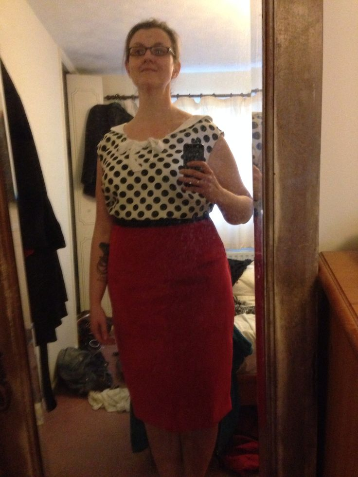 Gertie's portrait blouse with self-drafted sailor collar and bow and Gertie's red velvet pencil skirt. This weekend's handmade offerings