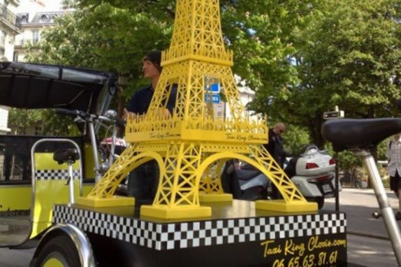 Location Tour Eiffel géante à Paris | Réservez cette offre sur GoReception