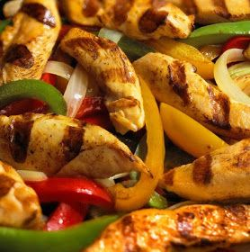 Just Eat It: AMAZING CHILIS FAJITAS!!!