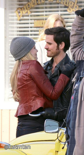 Jennifer Morrison & Colin O'Donoghue filming scenes for episode 4x20 - March 3, 2015