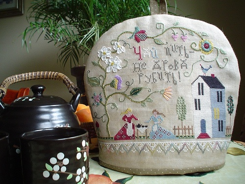 TeaCozy by amarillys2008, via Flickr